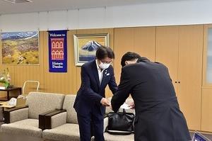 つばさ税理士法人寄附 (2).jpg
