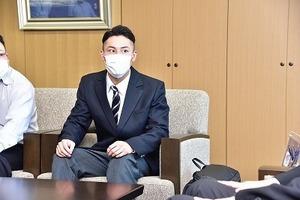 ボクシング増田選手表敬訪問 (4).jpg