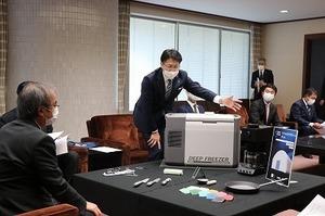 新潟県知事表敬訪問(デザコン関係) (22).jpg