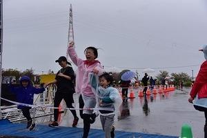 燕さくらマラソン大会 (14).jpg